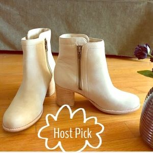 ✨Host Pick✨NEW Frye Addie double zip booties